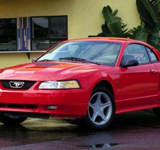 Ford Mustang V6 1998
