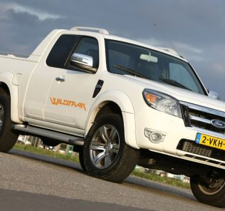 Ford Ranger Double Cab 3.0 TDCi Limited 2011